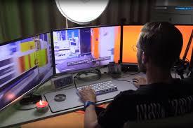 configuration pc bureau pewdiepie s desk setup gear all that of