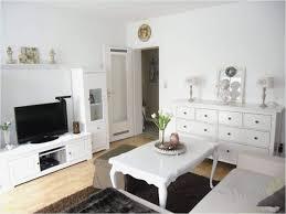wohnzimmer grau weiss dekorieren caseconrad