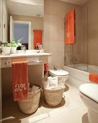 Coral Bathroom by 1000 Ideas About Coral Bathroom On Pinterest Coral Bathroom Decor