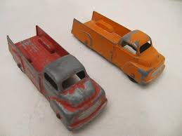 VINTAGE DIECAST TOOTSIE Toy Truck 4 1/4