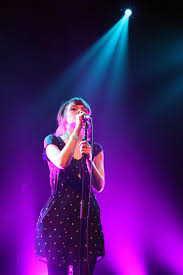check out these photos i took at the chvrches show glassnote