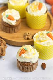 karotten muffins mit frischkäse frosting