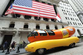 A Job You Can Relish: Apply To Drive The Oscar Mayer Wienermobile