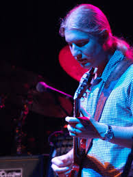 File:Derek Trucks- Allman Brothers Band 2009.jpg - Wikimedia Commons Derek Trucks The Allman Brothers Band Performing At The Seminole 24 Years Ago 13yearold Opens For Brizz Chats With Of Review Tedeschi Jams Familystyle Meadow Brook Needle And Damage Done Gregg Warren Haynes Signed Autograph Electric Guitar Core Relix Media To Exit