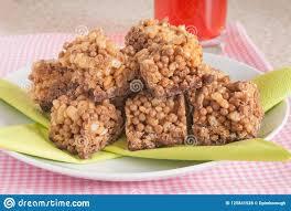 schokoladen puffreis kuchen stockfoto bild nahrung