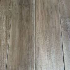 6x24 Wood Tile Patterns by Best 25 Wood Look Tile Ideas On Pinterest Wood Looking Tile