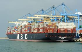 le plus gros porte conteneurs du monde au havre