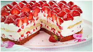 toll und leckere erdbeer mascarpone torte yum rezepte