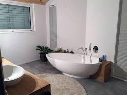 freistehende badewanne cione aus mineralguss weiß matt