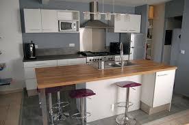 cuisine blanche ouverte sur salon cuisine ouverte grise gallery of deco cuisine ouverte cuisine
