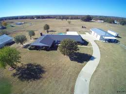 The Shed Edom Texas Menu by Farm U0026 Ranch Properties For Sale