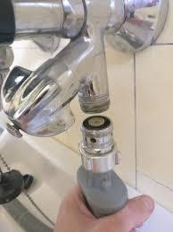 wie kann ich meine waschmaschine an die wasserzuleitung