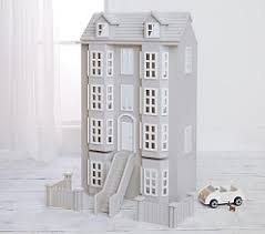 Doll Houses & Dollhouse Furniture