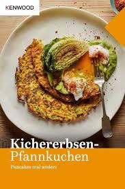kichererbsen gemüse pfannkuchen mit avocado hollandaise