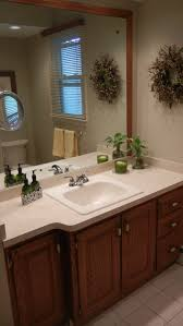 bathroom paint color to coordinate with beige tile wall colors