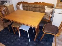 sitzbank mit tisch und 2 stühlen zu verschenken in münchen