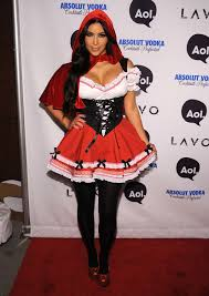 Heidi Klum Halloween 2011 by 60 Supersexy Celebrity Halloween Costumes Red Riding Hood