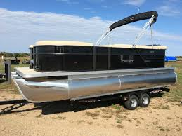 Crest Pontoon Captains Chair by 2017 Crest Pontoons Crest I 200 L For Sale In Richmond Mn In