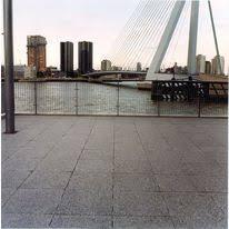 dalles en béton grand format pour espaces extérieurs dalles