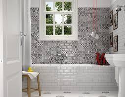 carrelage salle de bain metro avec les imitations carreaux ciment metro en 7 5x15 faites vous