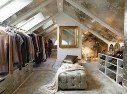 Schlafzimmer In Dachschrã Ankleidezimmer Dachschräge Ein Attraktives Ankleidezimmer