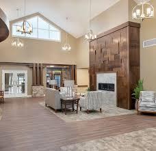 100 House Design Interiors 4 LLC