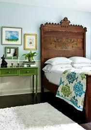 Best 25 Green Bedroom Decor Ideas On Pinterest Bedrooms How To Decorate With Antique Furniture