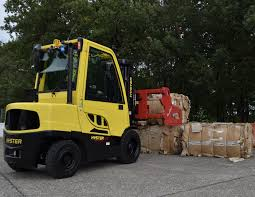 100 Pictures Of Cool Trucks Hyster Brings New Emphasis On Cool With New Truck SHD