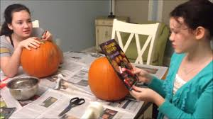 Pumpkin Masters Surface Carving Kit by Surface Carving A Pumpkin With Pumpkinmasterskit Youtube