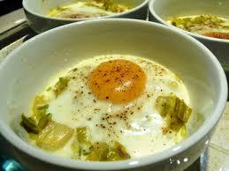cuisiner le poireaux recette œuf cocotte à la fondue de poireaux 750g