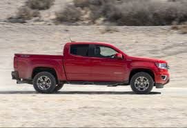 Chevy Colorado, GMC Canyon Diesels Get 31-MPG Highway - Car Pro Cant Afford Fullsize Edmunds Compares 5 Midsize Pickup Trucks Diesel Pickup Trucks From Chevy Ford Nissan Ram Ultimate Guide Firstever F150 Offers Bestinclass Torque Towing Midsize Or Fullsize Which Is Best 2015 Gas Mileage Among Gasoline But 2018 Chevrolet Silverado 1500 Vs Big Three Rackit Truck Racks Colorado Americas Most Fuel Multispeed Tramissions Boost Fuel Economy In Most New Cars Video Top New Adventure Vehicles For 2019 With The Best Their Class Driving Efficient The Fuelefficient Truckbut Not For Long