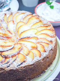 flaumig fruchtig süßer apfel kuchen