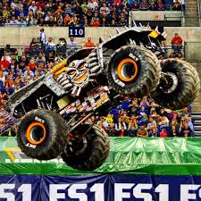 Colton Eichelberger (@coltonike) | Twitter Pin By Jessica Mattingly On Gift Ideas Pinterest Monster Trucks Jam Maxd Freestyle In Detroit January 11 2014 Youtube Best Axial Smt10 Maxd 4wd Rc Truck Offroad 4x4 World Finals Xvii Competitors Announced From Tacoma Wa 2013 Julians Hot Wheels Blog 10th Anniversary Edition 25th Collection Max D Maximum Maximum Destruction Kane Wins Sunday Afternoon At The Dunkin Donuts Center To Monster Jam 5 19 Minute Super Surprise Egg Set 1 New With Spikes Also Gets 3d