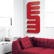 moderner ultradünner heizkörper aus rotem stahl hergestellt in italien hanoi