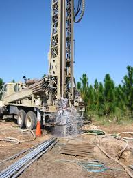 100 Truck Well Drilling Truck
