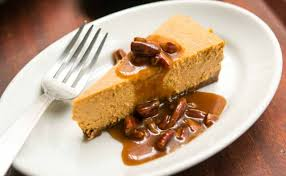 Pumpkin Pie With Pecan Praline Topping by Pumpkin Cheesecake With Pecan Praline Sauce