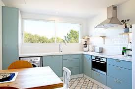 voir cuisine cuisine bleue et si on décorait avec cette couleur
