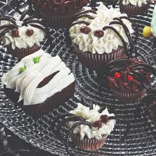 Pampered Chef Easy Accent Decorator Cupcakes by 20 Best Tricked Out Treats Images On Pinterest Halloween Recipe