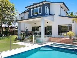 100 Beach Houses Gold Coast Old Or New Beach House Offers Best Of Both Worlds