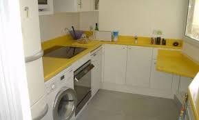 cuisine jaune et blanche décoration cuisine jaune et blanche 12 peinture cuisine jaune