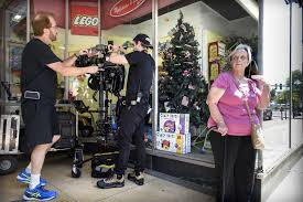 Christmas Tree Shop Manchester Ct by Filming In New Britain Brings Christmas Early Courant Community
