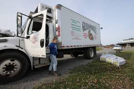 100 Hudson Valley Truck And Trailer Local Farmers Team With Nonprofits To Feed The Hungry