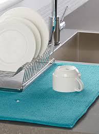 tapis pour la cuisine exclusivité simons maison un accessoire mode et pratique pour la