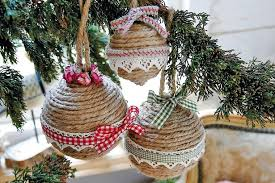 How To Make Your Own Christmas Tree Decorations And Decorate With Homemade Festive Baubles