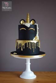 Black Beauty Unicorn by Emma Stewart Amanda unicorn cake Unsure how to do the melted effect