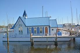 100 Boat Homes Check Out This 2004 CUSTOM Floating House Boats On Tradercom