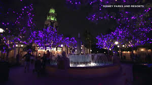 Spirit Halloween Winchester San Jose by Experience The Holidays In The Bay Area Abc7news Com