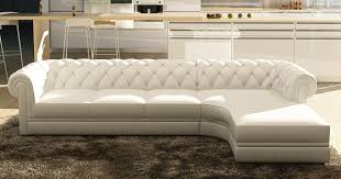 canapé chesterfield cuir blanc deco in canape d angle blanc capitonne chesterfield avec