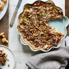 blätterteig quiche mit pfifferlingen birne und gorgonzola