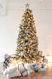 Black And White CHristmas Tree With The Lights On I Love Silver Star At
